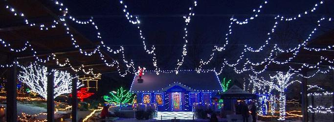 Merry and Bright Holiday Lights Technologies - Merry And Bright Holiday Lights Technologies HughesNet®